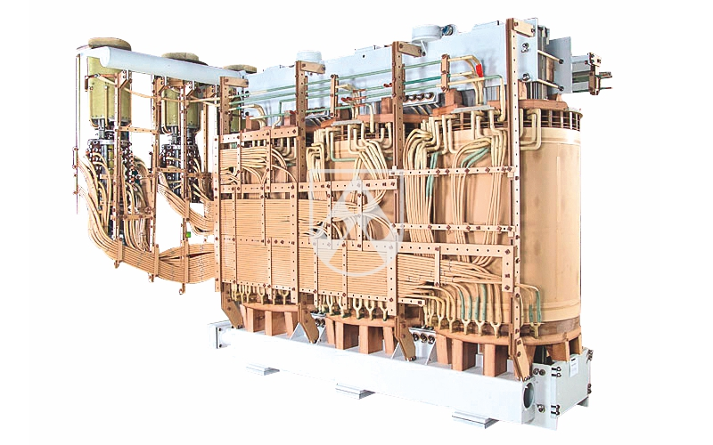 Transformator mit Konstruktionselementen aus Lignostone® Transformerwood®