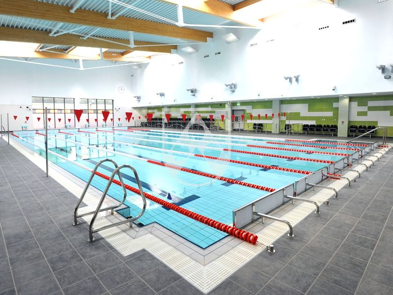 Straight pool grating installed in Harbourne Pool, Birmingham, UK