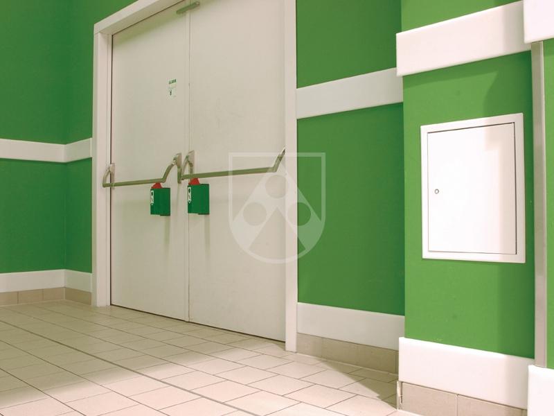 wandschutz rammschutzleisten aus kunststoff robuster schutz f r ihre wand pe rammschutz. Black Bedroom Furniture Sets. Home Design Ideas