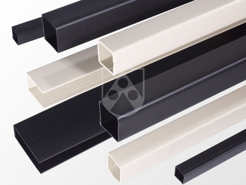 Polystone® square tubes and U-profiles are manufactured from the same molding material, such as the associated welding rods and the sheets.