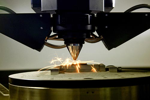 3D printing with metal substrate